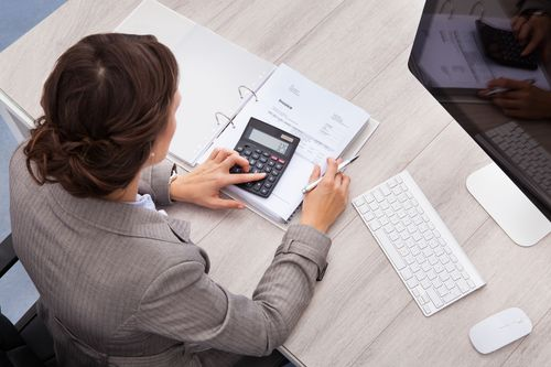 How to Use a Salary Calculator to Improve Your Actual Salary